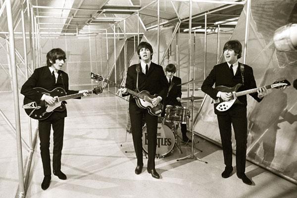 035. Постер: The Beatles в 1966