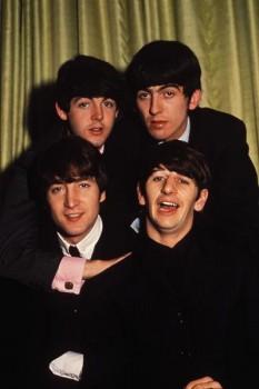 038. Постер: The Beatles на регулярной фотосессии в 1964 году