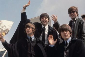 053. Постер: The Beatles, возвращение домой после гастролей в Америке