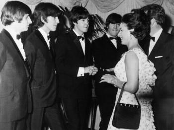 070. Постер: The Beatles на приеме