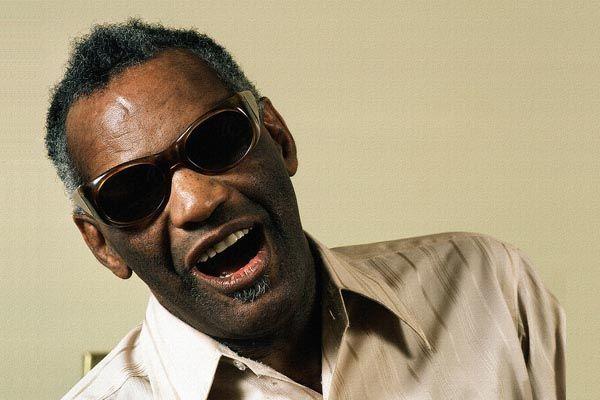 103. Постер: Ray Charles. Известный исполнитель музыки в стилях соул, джаз и ритм-энд-блюз