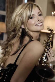 143. Постер: Candy Dulfer - нидерландская саксофонистка и певица
