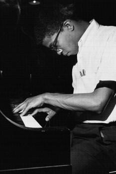 189. Постер: Herbie Hancock - американский джазовый пианист и композитор