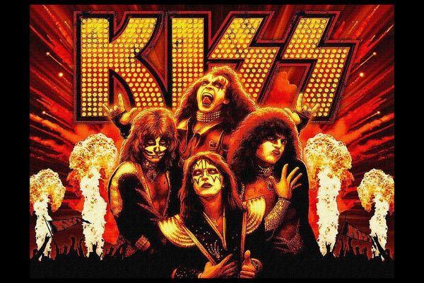 240. Постер: Kiss - группа, приобретшая известность живописностью членов своего состава