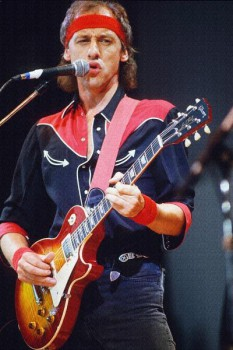 260. Постер: Mark Knopfler лидер группы Dire Straits