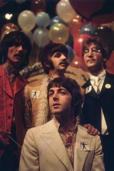 290. Постер: Paul в составе the Beatles в новогоднем шоу посвященном выходу нового альбома, в 1967 году