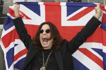 326. Постер: Ozzy Osbourne с национальным флагом