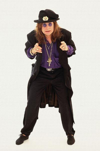 331. Постер: Ozzy Osbourne, в шляпе с советской символикой