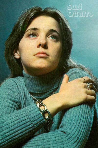 362. Постер: Suzi Quatro - очень популярный в 70-х музыкант (вокал, бас-гитара и клавишные)