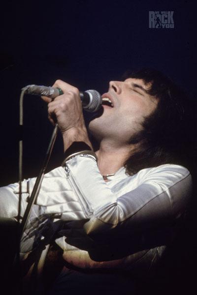 373-2. Постер: Freddie Mercury - We Will Rock You