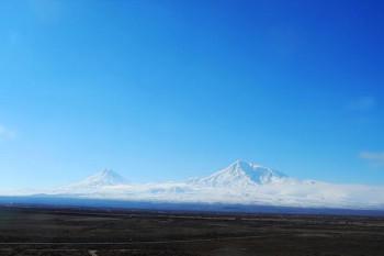 066. Пейзаж: Арарат