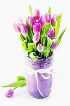 017. Поздравление: Тюльпаны в синей корзинке