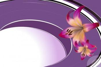 120. Поздравление: Лилии на фиолетовой рамке